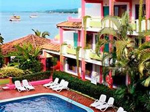 Decameron Los Cocos es un #hotel de playa todo incluido ubicado en la Bahia de Rincón #Guayabitos en Nayarit
