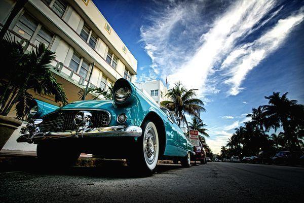 Fototapeta - stary samochód | Photograph wallpaper - Old Car | 65PLN #photograph #wallpaper #old #car #home_decor #interior_design #interior_decor #wall_decor