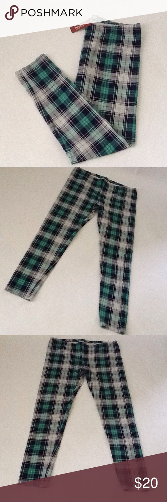 Striped Multi Color Leggings These leggings are New and have never been Worn!! They have multiple colors of Green, Black, White, and Navy Blue.                                   **Reasonable Offers Only** Arizona Jean Company Pants Leggings