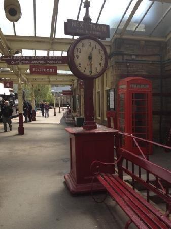 keighley stream train station