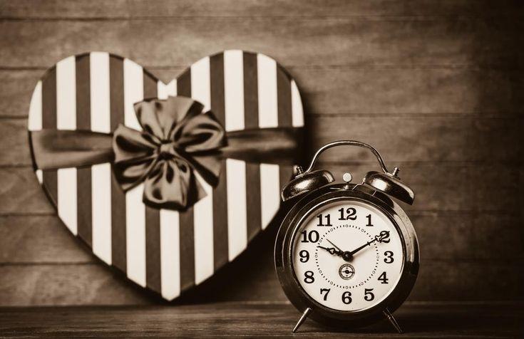 O Natal está chegando, e junto com ele as festividades, as luzes, os jantares em família e, claro, as perguntas sobre os namorados, as namoradas e os casa
