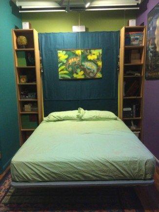 La libreria IKEA BILLY trasformata in letto a muro a scomparsa (3)