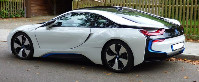 Bmw I8 For Rent In Dubai Bmw Electric Cars Car