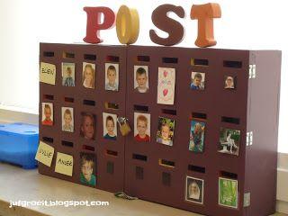 Ik werk in de klas met een postbus. Elk kind heeft zijn eigen postvakje. Op…