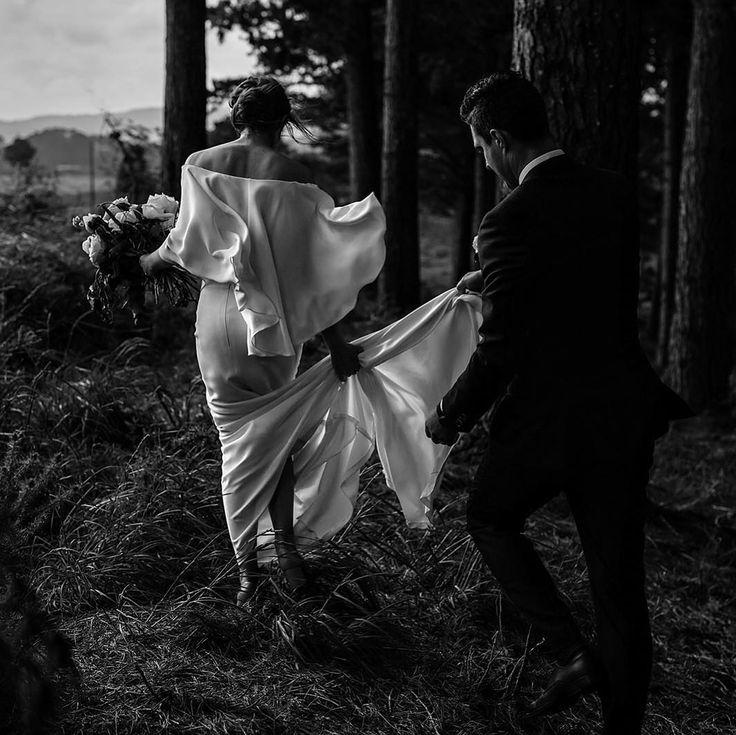 "386 gilla-markeringar, 11 kommentarer - Danelle Bohane (@danellebohane) på Instagram: ""Thank you so much to the wonderful team at @hellomaymagazine for featuring Emma and Isaac's wedding…"""