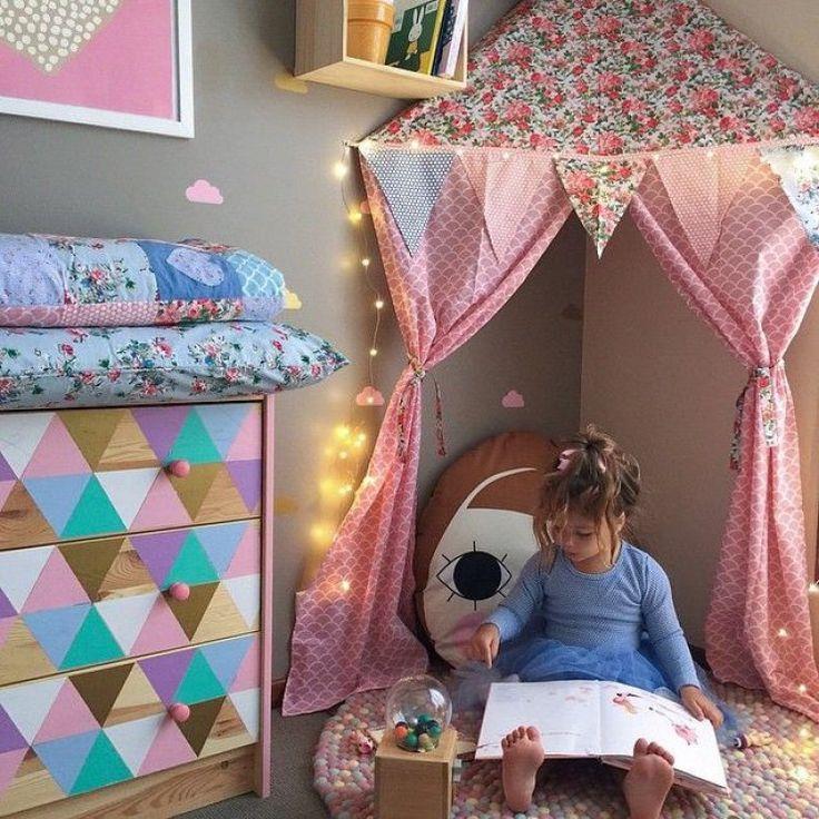 mommo design: GIRLY READING CORNERS
