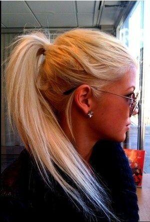 hair do :: messy strait pony