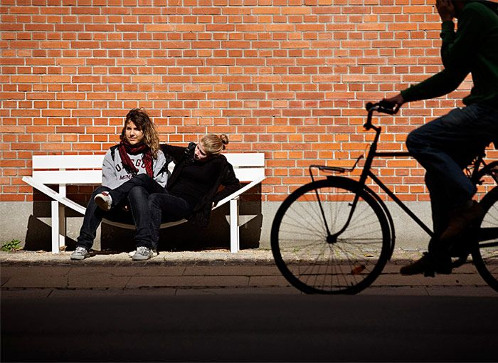 Modify the social behaviour trough creative park bench by Jeppe Hein