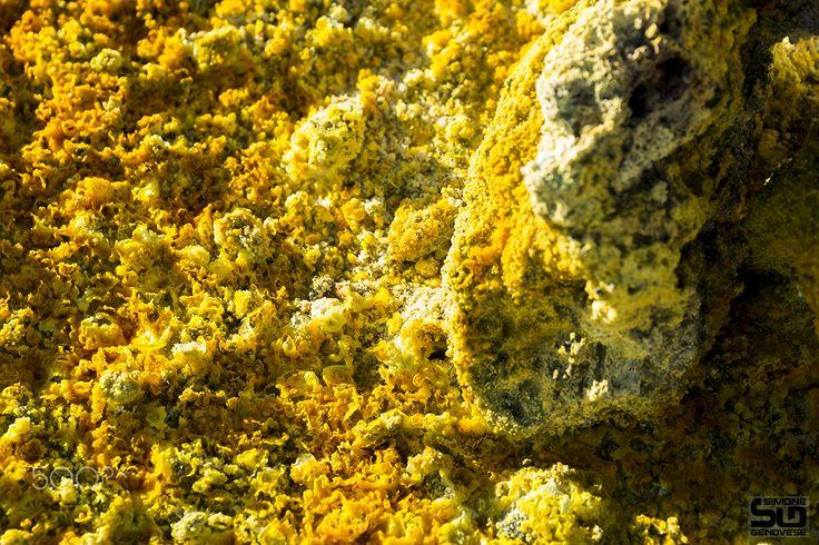 Sulfur on Mount Etna crater - Sulfur on Mount Etna crater
