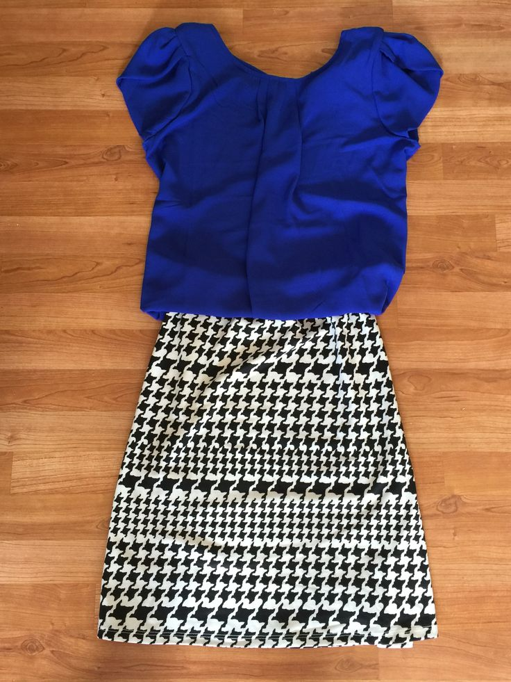 Papermoon Bastille tulip sleeve blouse and market and spruce jay houndstooth print swing skirt from stitch fix.. LOVE!!