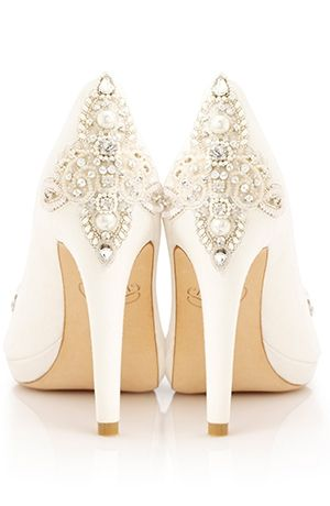 I want these heels for my wedding day!!