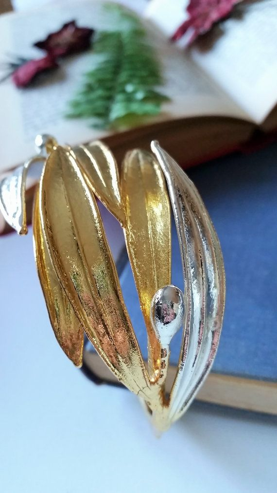 Hey, I found this really awesome Etsy listing at https://www.etsy.com/listing/267902267/real-olive-branch-botanical-bangle-gold