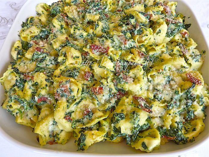 Di pasta impasta: Cappelletti al forno con ricotta spinaci e prosciutto
