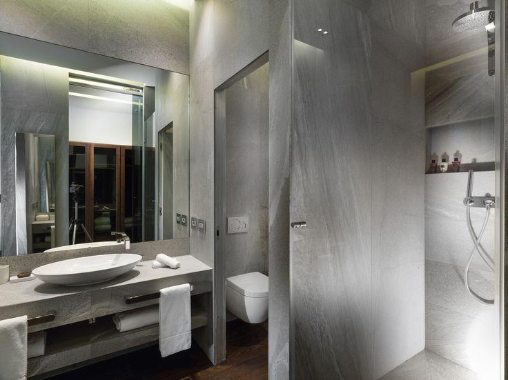 Wall Radiator - Townhouse Duomo Hotel Milan