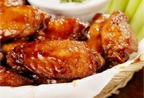Skrzydełka słodko-pikantne / Sweet and spicy chicken wings - przyjemny aromat, wyjątkowy smak powideł śliwkowych i kurczaka