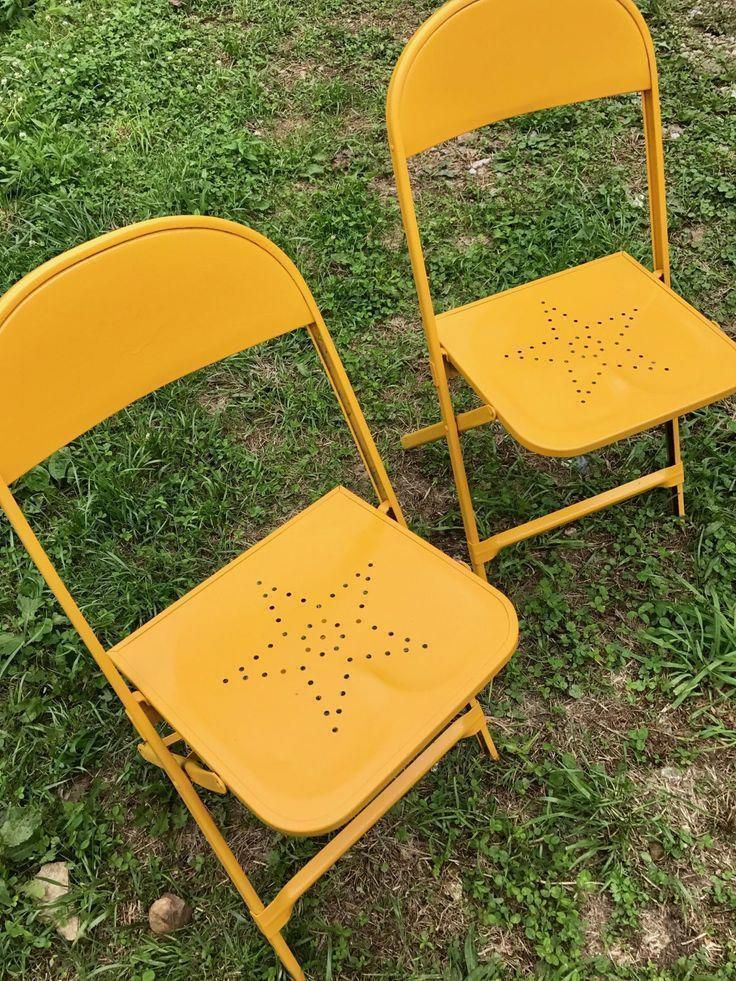 Punched Metal Star Chair Makeover - Furniture Makeover - Vintage Chair DIY  - Outdoor Chair Update #chairmakeover #metalchair - Vintage Metal Chairs Makeover Home Decor Ideas And Organization