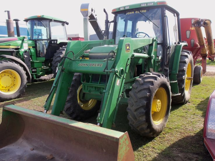 John Deere  6400 with  640 loader.THis 85 hp tractor is from 20 years ago