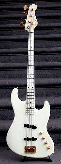 Larry Graham's JJ-4-240b Moon Bass
