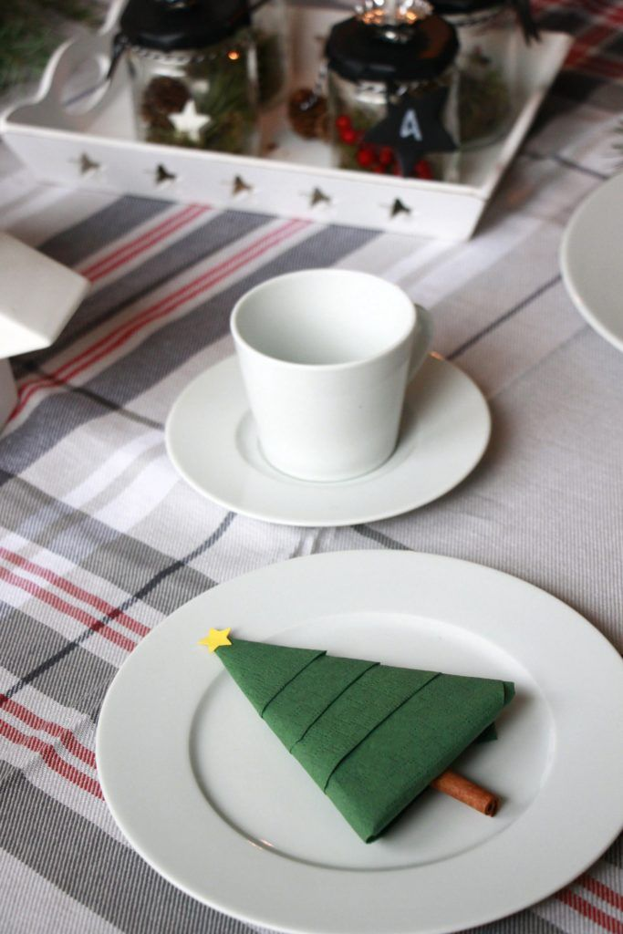 25 einzigartige servietten falten rose ideen auf pinterest servietten falten anleitung rose. Black Bedroom Furniture Sets. Home Design Ideas