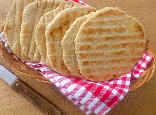 Pełnoziarniste chlebki pita   Zdrowe Przepisy Pauliny Styś