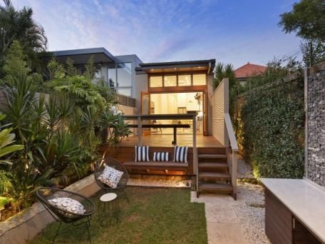 52 Glover Street, Mosman sold 02/05/15 $2,2207,000 fully renovated 3 B/R, 2 bath dble garaging, 251 sq mtrs