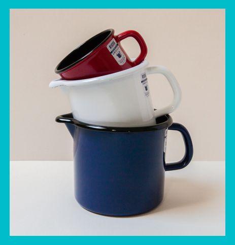 BIEN FAIT De la cuisine au jardin, et du bureau à la salle de bain, « Bien Fait » sélectionne des objets beaux, utiles et durables. Petit bonus : avec chaque objet, vous aurez une jolie carte qui explique pourquoi cet objet est bien fait. C'est idéal pour faire un cadeau !