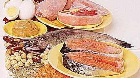 Gebelikte B6 Vitaminin önemi, hangi besinlerde b6 vitamini bulunduğu ve tüketim miktarı ne kadar olmalı konulu makalemiz. Gebelikte B6 Vitaminin Önemi Günlük gereksinim gebelikte 1.9 mg,emziklilikte 2.0mg'dir.Merkezi sinir sisteminin normal çalışması,plazmahomosistein düzeyinin artmasında kalp çalışmasının düzenlenmesinde rol oynamaktadır. En iyi kaynakları et ve türevleri sakatatlarsüt ve türevleri,tahıllar. #gebelik #hamile #kadın #b6vitamini