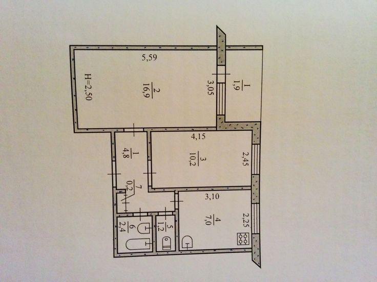 Продам двухкомнатную квартиру на Юбилейной. по ул 200 лет Кривого рога. С раздельными комнатами и санузлом, большой лоджией, неугловая. Установлены два металлопластиковых окна, новые входные двери,есть теплосчетчик на дом, чистый аккуратный подьезд, адекватные соседи. Торг уместен. Звоните! -0676376210