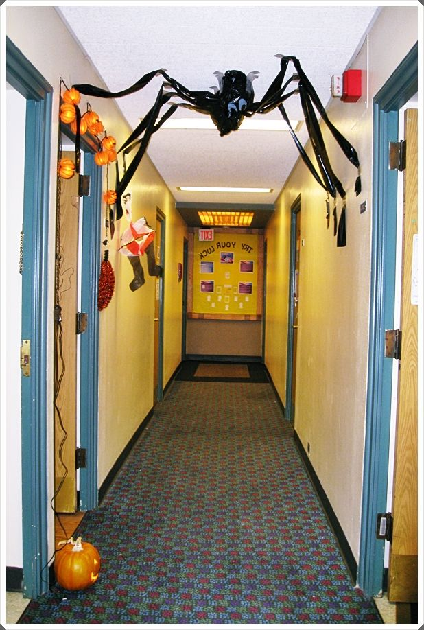 Halloween 2020 Fail College Dorm Halloween Decorations Trends 2020 | Fail to remember