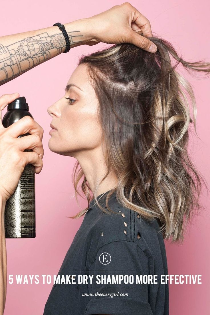 How to Make Dry Shampoo More Effective #theeverygirl