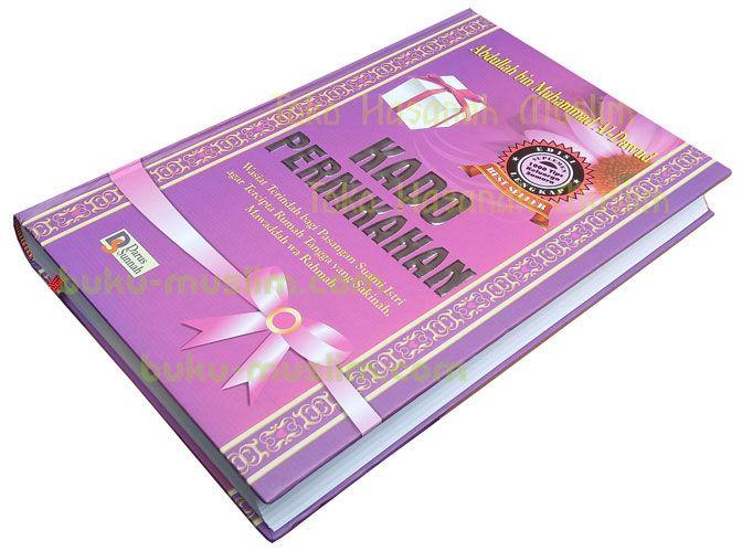 Buku Kado Pernikahan Wasiat Terindah bagi Pasutri - http://buku-muslim.com/buku-kado-pernikahan/ - buku-muslim.com   Buku Kado Pernikahan Wasiat Terindah bagi Pasangan Suami Istri agar Tercipta Rumah Tangga yang Sakinah, Mawaddah wa Rahmah Penulis : Abdullah bin Muhammad Al-Dawud Penerbit : Darus Sunnah Ukuran : 17 x 25 cm Halaman : xxxi + 495 Halaman Kertas : HVS White Cover : Hard cover ISBN :...