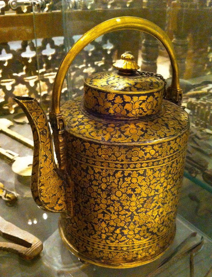 ابريق شاي معدني Metal Teapot Tea Coffee Tea Tea Pots