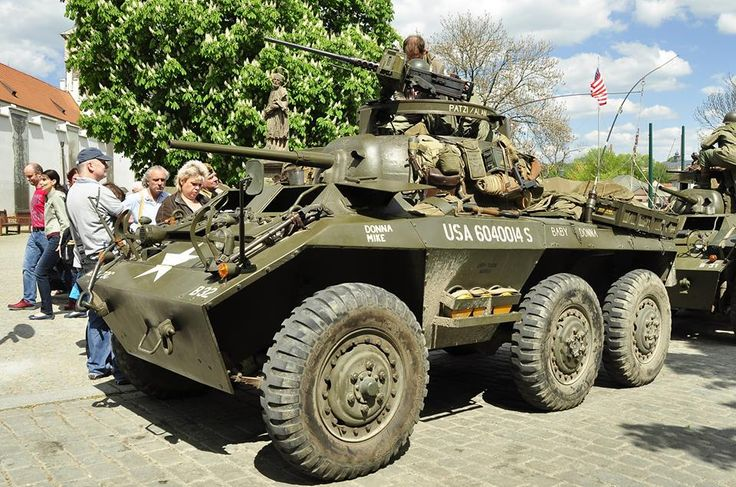 Loaded Greyhound scout car, note no side skirts Tanks
