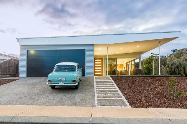 A new collection of home designs featuring 18 Spectacular Mid-Century Modern Exterior Designs That Will Bring You Back To The '50s. Enjoy!