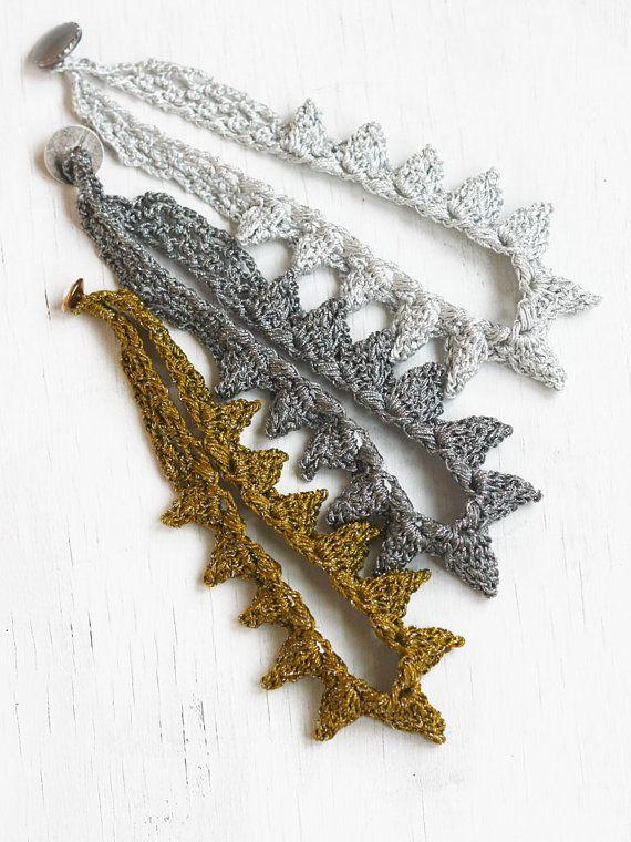 Spike necklace Crochet jewelry Winter fashion Christmas gift for her#jewelry #necklace #Christmas #gift #crochet #fashion #style #geometric #spike #spikes