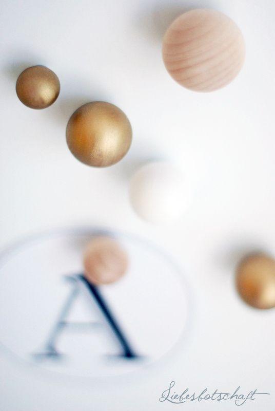 DIY Magnete aus Holzkugeln