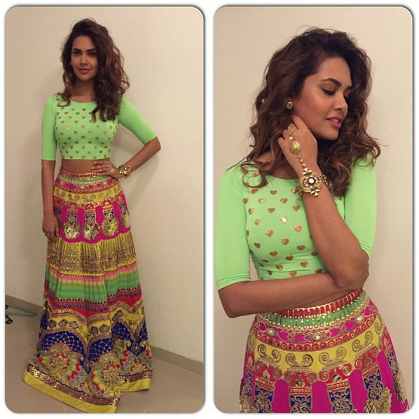 Esha Gupta in Manish Arora This time Esha shows us how to do neon colours with a less formal look - beach waves and some minimal jewellery to complement the bold colours. She wore this for Ridhi Malhotra's sangeet function. Indian wedding - Bollywood wedding #thecrimsonbride