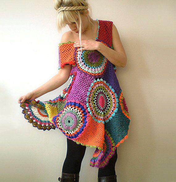 Este vestido de túnica es extremadamente versátil y divertido de usar! Puede ser usado con las polainas para salir de noche, o apareado con la derecha