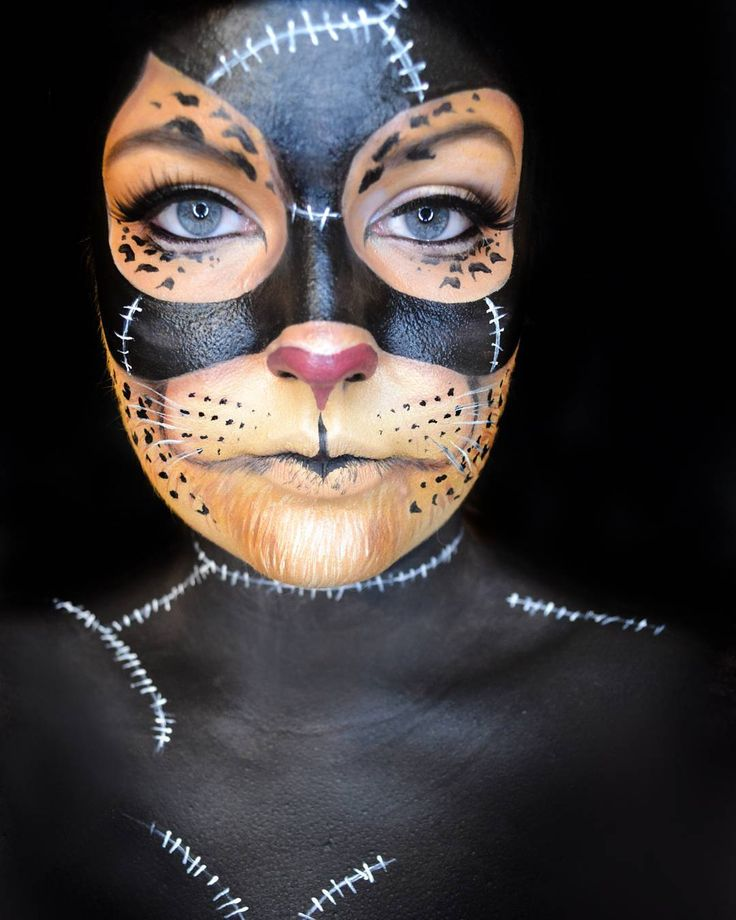 "Gefällt 406 Mal, 24 Kommentare - Adrienne (@ignitedbeauty) auf Instagram: ""Hey yall! Here's my look into the @likecharity Heroes & Villains contest! I twisted up Catwoman &…"""