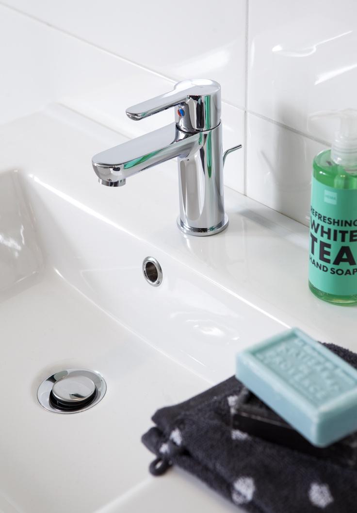 10 best Badkamer modern images on Pinterest   Bathroom, Bathrooms ...