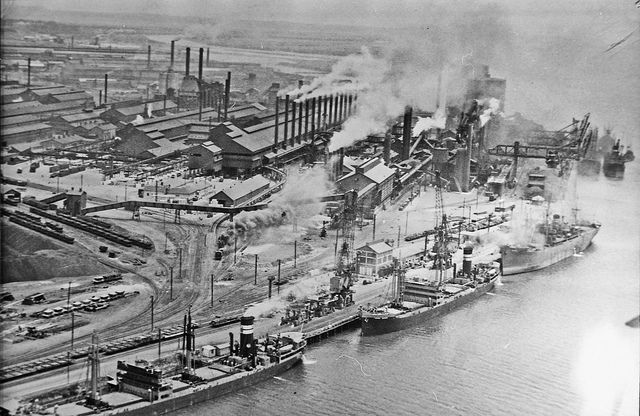 Newcastle Steel Works This image was scanned from a negative in the Bert Lovett collection. It is part of the Norm Barney Photographic Collection, held by Cultural Collections at the University of Newcastle, NSW, Australia.