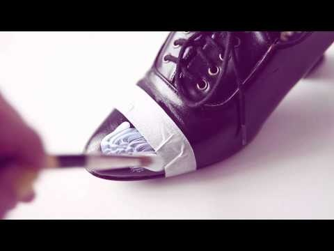 Fashion student adding glitter to shoes - DIY sparkle & glitter shoes - DIY fashion video tutorial