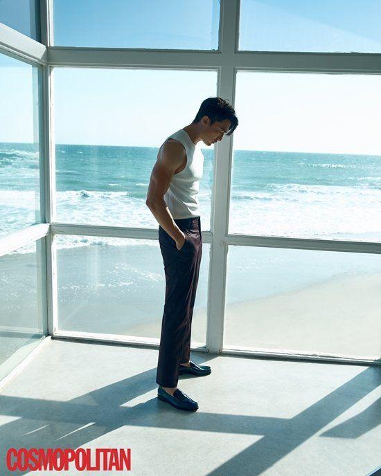 [фотосессия] Дэниел Хенни для «Cosmopolitan»