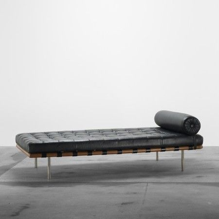 LUDWIG MIES VAN DER ROHE : Barcelona daybed