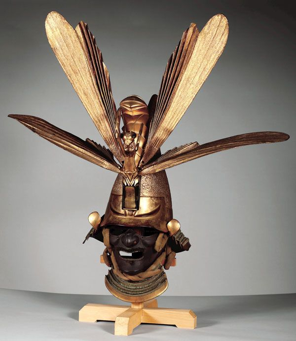 Eboshi-shaped kabuto (helmet) with maedate (crest) in form of a mantis, Edo period, 17th century, Iron, lacquer, cord, silk, wood, gold, and papier-maché, H