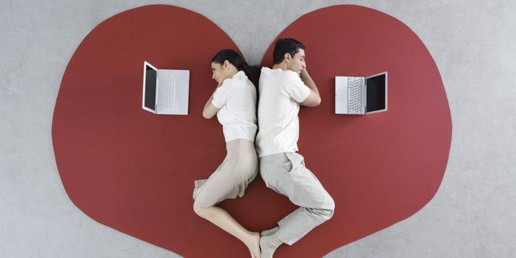 Uzun mesafe ilişkilerini yürütmek zordur. İşte arada mesafeler de olsa sağlıklı bir ilişki yürütebilmenin yolları Siberalem Blog'da!