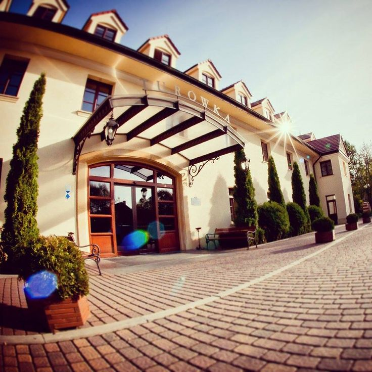 Turówka Hotel&SPA**** in Wieliczka. #turowkahotel #krakow #historichotelsofeurope #hotelehistoryczne #hotel #luxury #travel #poland #wieliczka #accomodation #spa #wellness #Solnemiasto #KonferencjeMalopolska #KopalniaSoli #SaltMine #Zabiegi #Masaze #Cracow #Wieliczka #HoteleMalopolska. Luxury and romantic stay in the Wieliczka close to the Salt Mine.