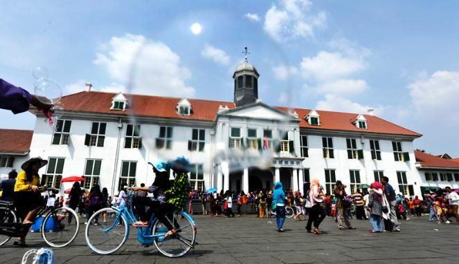 FOTO Wisata Lebaran di Kota Tua Jakarta - VIVAlife