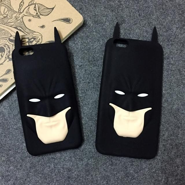 This cool Batman Phone Case is made out of silicone. Unique design allows easy access to all buttons. No tools or instructions needed to install just snap on/off Comfortable, lightweight design that p