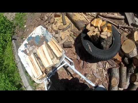 splitting wood by VIPUKIRVES axe  with gopro